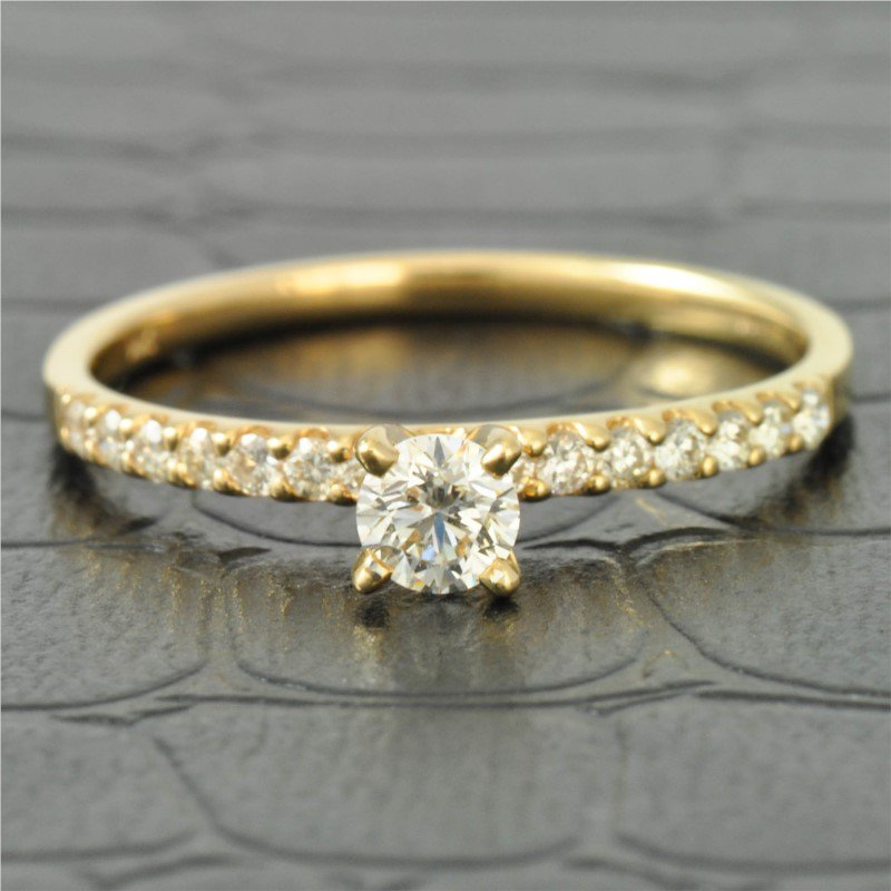 Royal Jewelry Petite Diamond Engagement Ring in Yellow Gold