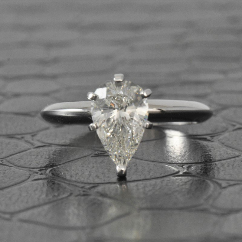 Perry's Estate Collection GIA 1.40 Carat I-SI2 Pear Cut Diamond Engagement Ring