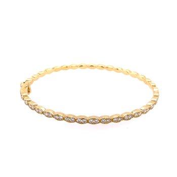 Scalloped Diamond Bangle in Yellow Gold