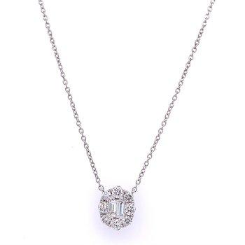 Pretty Diamond Cluster Necklace in White Gold