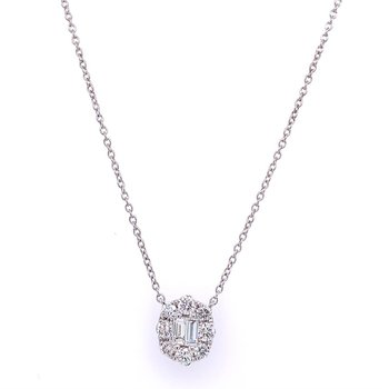 Pretty Diamond Cluster Necklace in White Gold