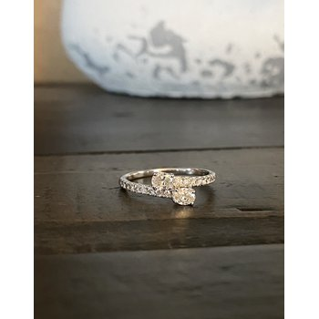 2-Stone Oval Diamond Ring