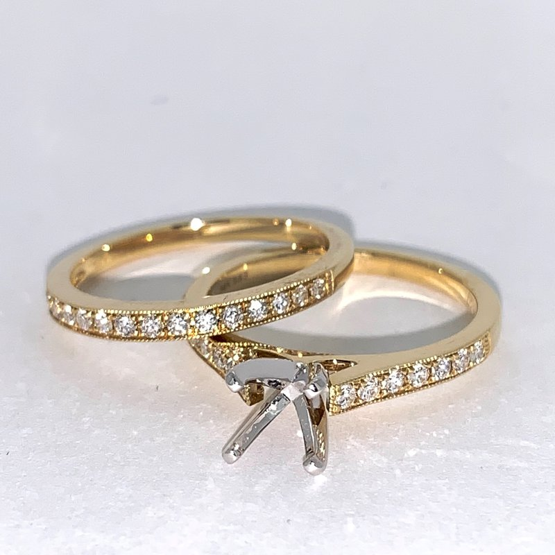 Decor Diamond Engagement Ring Mounting & Matching Band
