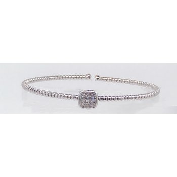 Single Cuff Pave Diamond Bracelet