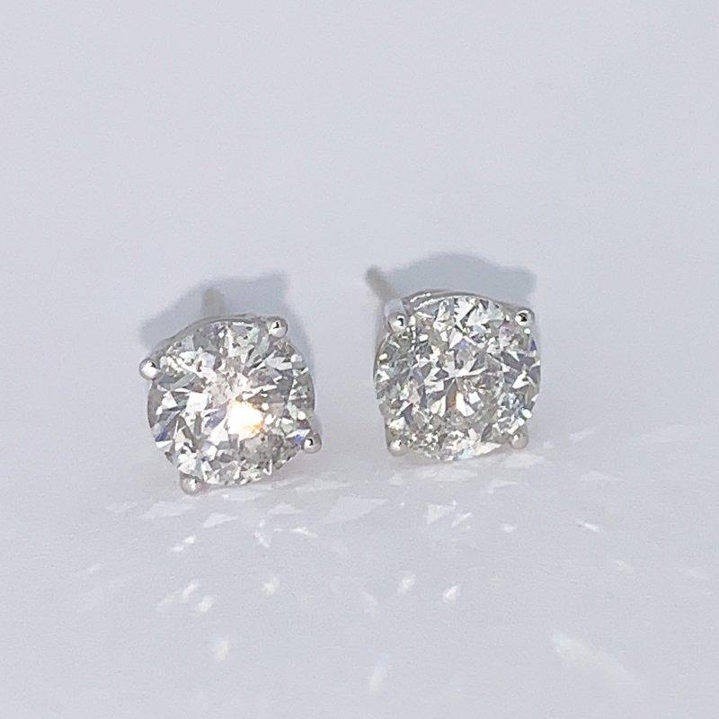 Decor 2.02ctw Diamond Stud Earrings
