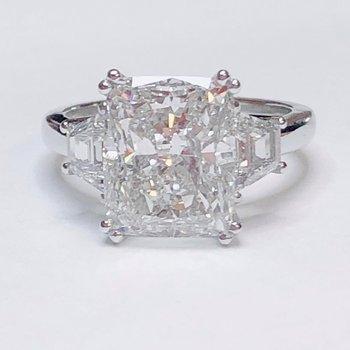 Cushion Cut & Trapezoid Platinum Diamond Ring