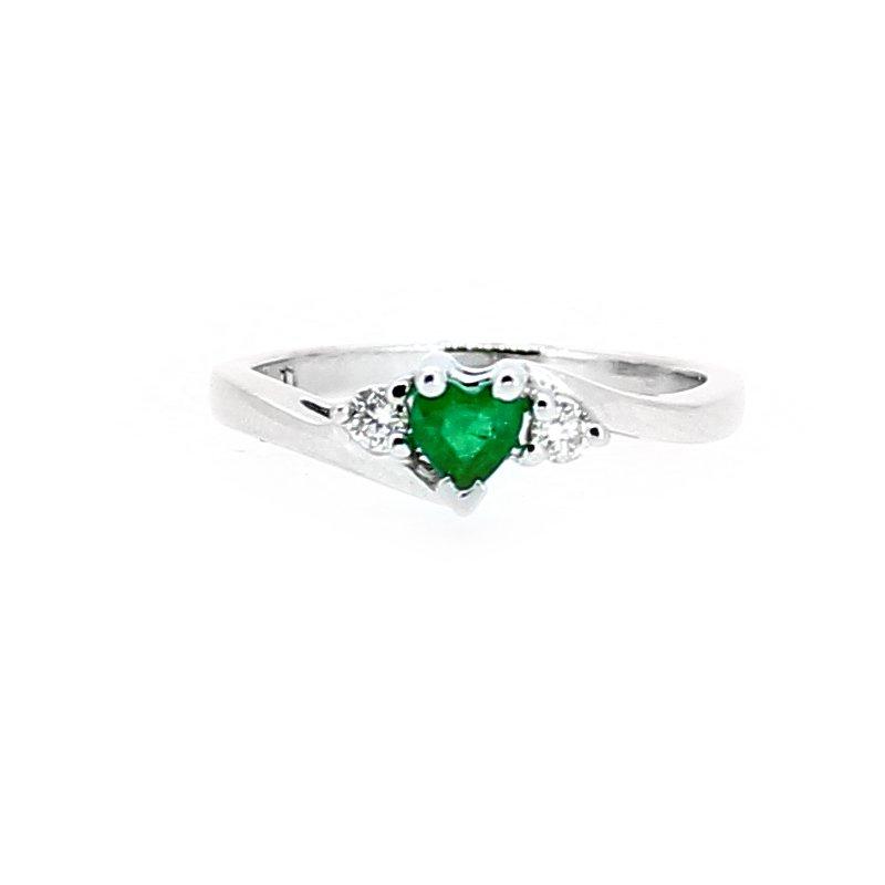 Decor Heart Shape Emerald Diamond Accent Ring