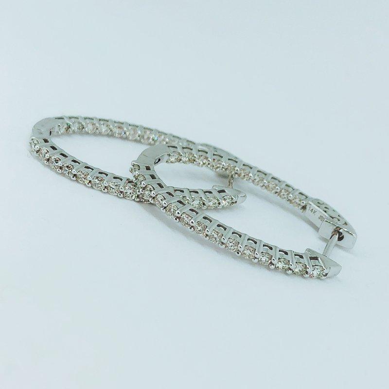 Decor 1.00ctw Diamond Oval Hoop Earrings