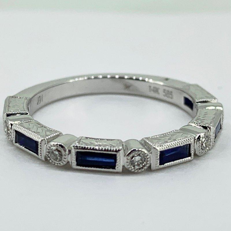 Decor Vintage Inspired Sapphire & Diamond Band