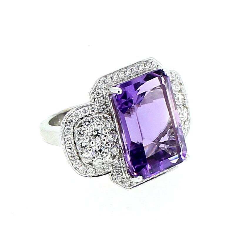 Decor Amethyst & Diamond Ring