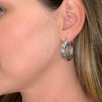 Round Fluted White Gold Hoop Earrings