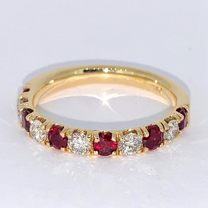 Decor Ruby & Diamond Band