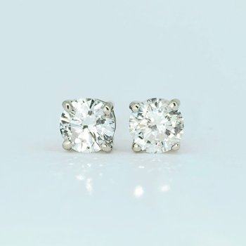 1.02ct Diamond Stud Earrings