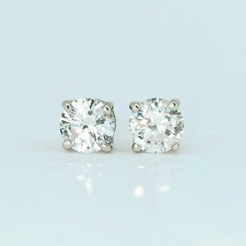 Decor 1.02ct Diamond Stud Earrings