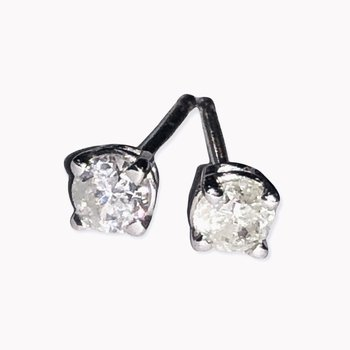 .31ctw Diamond Studs