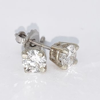 1.01ct Diamond Stud Screwback Earrings