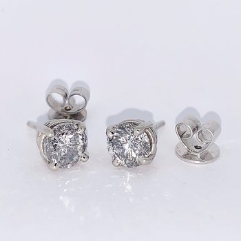 2.38ctw Diamond Studs