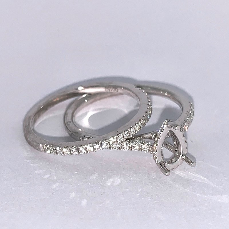 Decor Pear Shaped Diamond Ring Mounting Set
