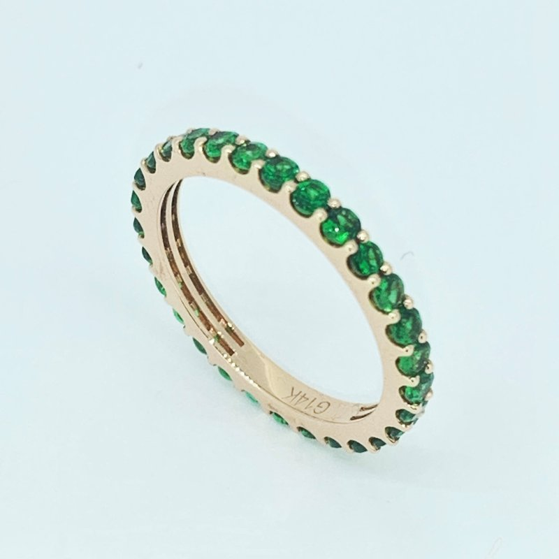 Decor Emerald Stackable Eternity Band