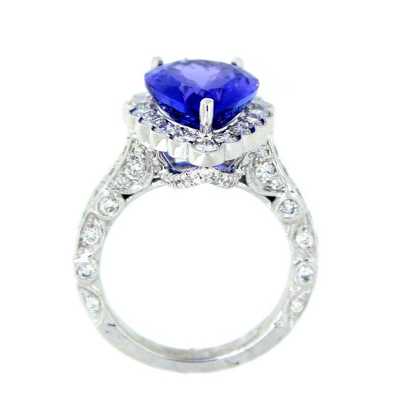 Decor Tanzanite & Diamond Halo Ring