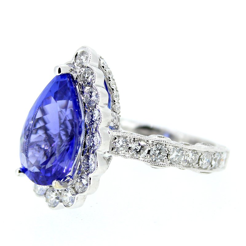 Decor Tanzanite & Diamond Halo Ring