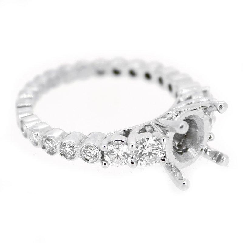 Decor Graduated Diamond Ring Mounting