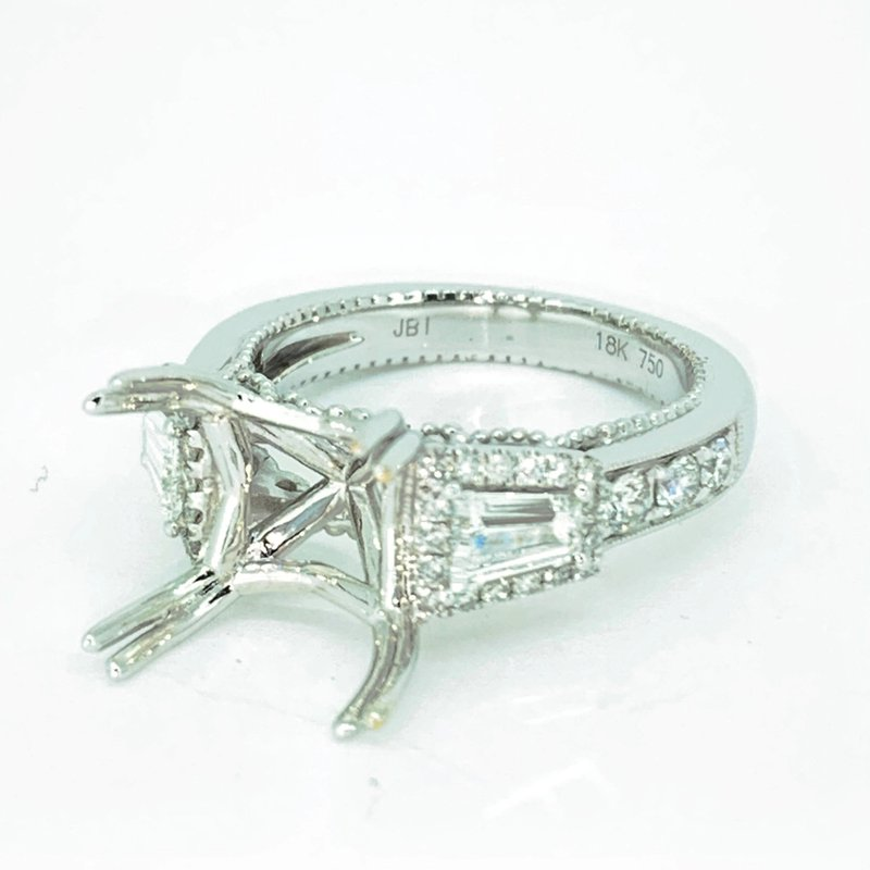 Decor Tapered Baguette Halo Diamond Ring Mounting