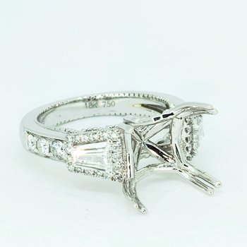 Tapered Baguette Halo Diamond Ring Mounting