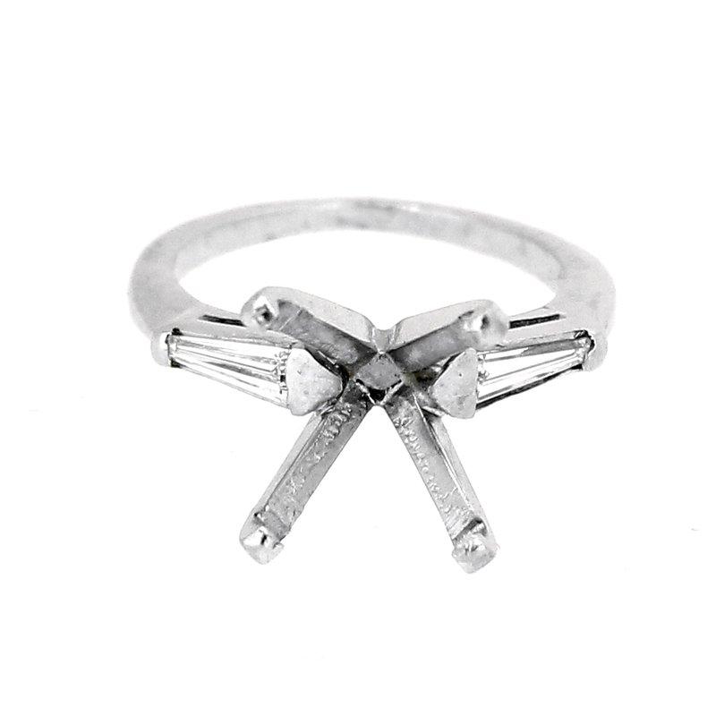 Decor Estate Platinum Tapered Baguette Ring Mounting