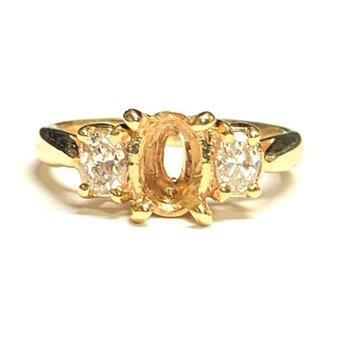 Oval 3 Stone Diamond Ring Mounting