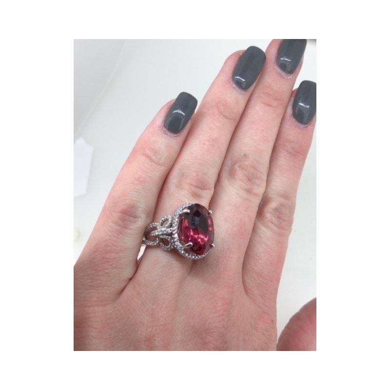 Decor Pink Tourmaline Diamond Ring