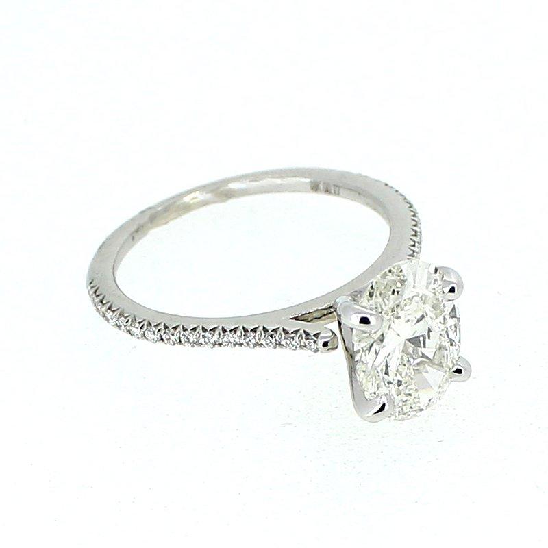 Decor Oval Diamond Engagement Ring