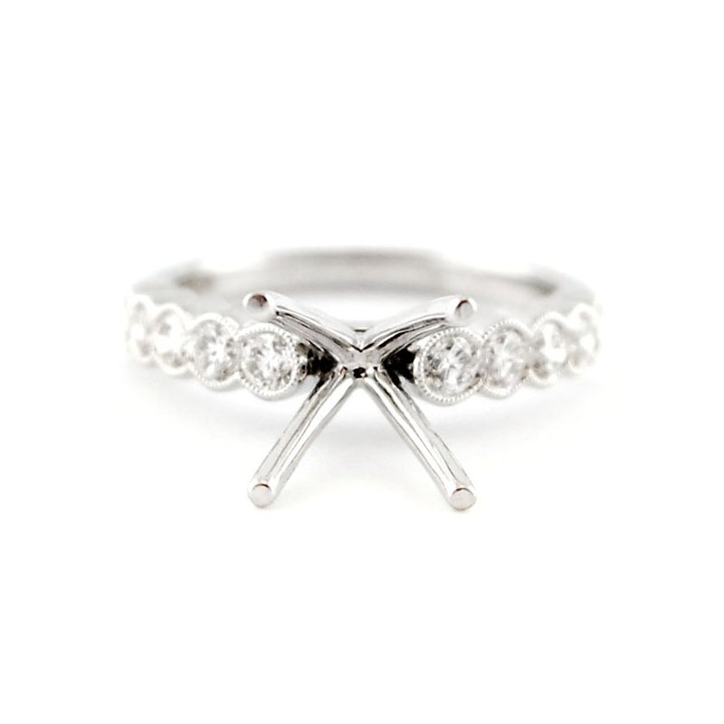 Decor Classic Diamond Engagement Ring Mounting