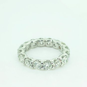 4.01ctw Diamond Eternity Band