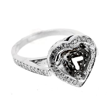 Heart Shape Diamond Engagement Ring Mounting