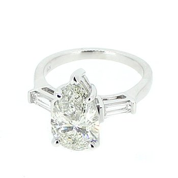 3.37ctw Pear & Baguette Diamond Ring