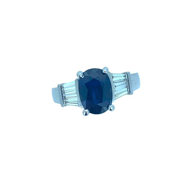 Decor Sapphire and Baguette Diamond Ring