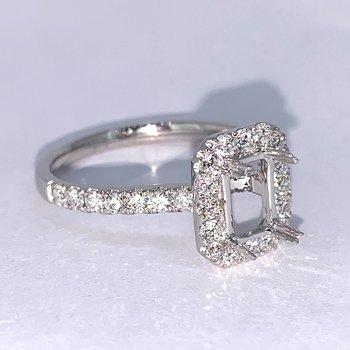 Halo Diamond Engagement Ring Mounting