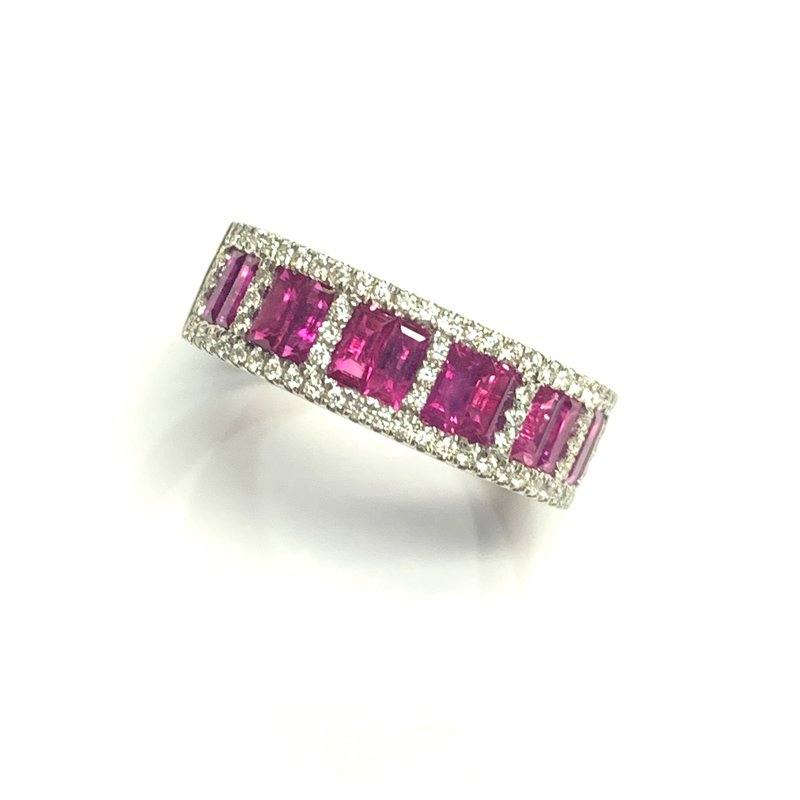 Decor Ruby and Diamond Band