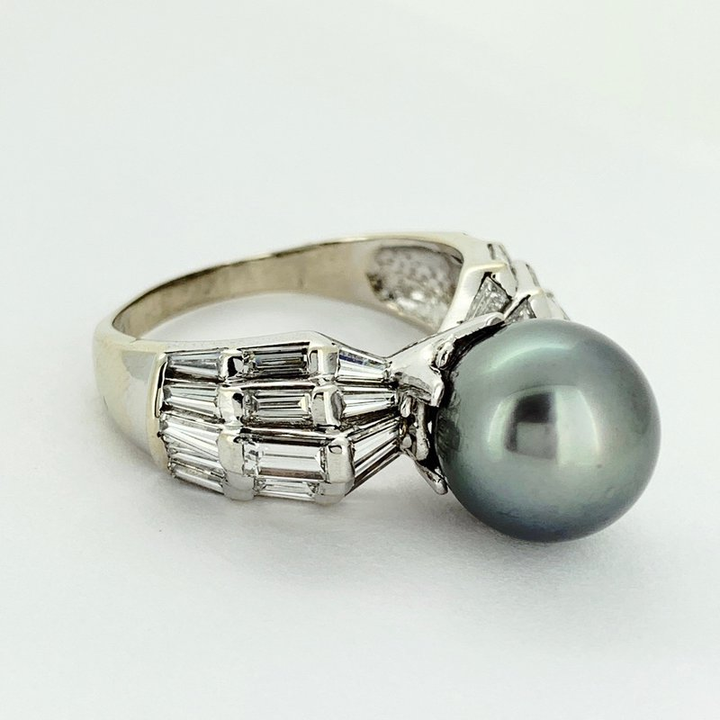 Decor Tahitian Pearl & Diamond Ring