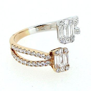 Baguette & Round Diamond Ring