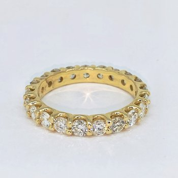2.01ctw Diamond Eternity Band