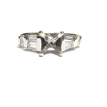 Princess Cut and Baguette Diamond Ring Mounting