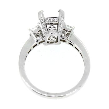 Three Stone Diamond Ring Mounting