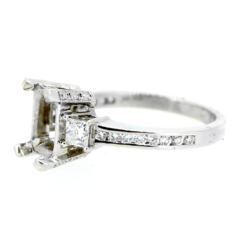 Decor Three Stone Diamond Ring Mounting