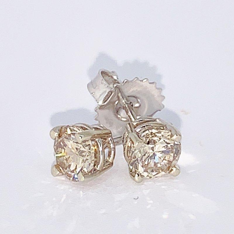 Decor 1.00ct Diamond Stud Earrings