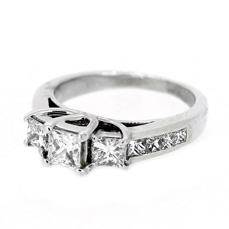 Decor Princess Cut Three Stone Diamond Ring
