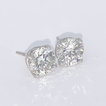 3.41ctw Diamond Stud Earrings