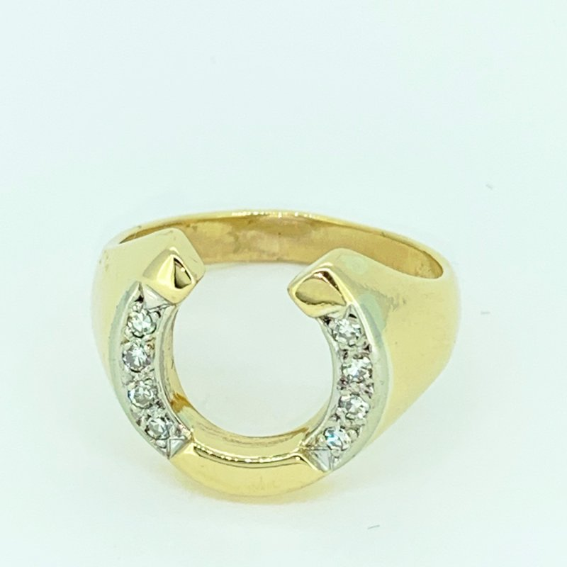 Decor Horseshoe Diamond Ring
