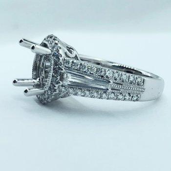 Round Halo Diamond Engagement Ring Mounting